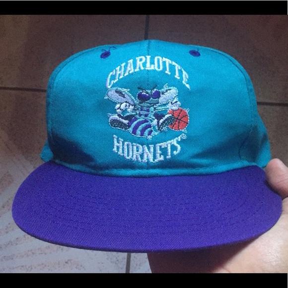 90 s Vintage Charlotte Hornets Hat. M 5b46d0badf03072c082a5691 66349330664